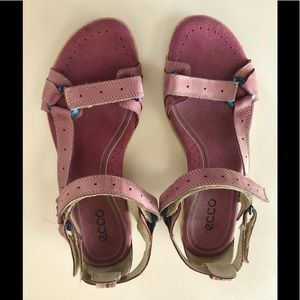 Ecco Women's 8-8.5 Heeled, Adjustable Sandals, GUC